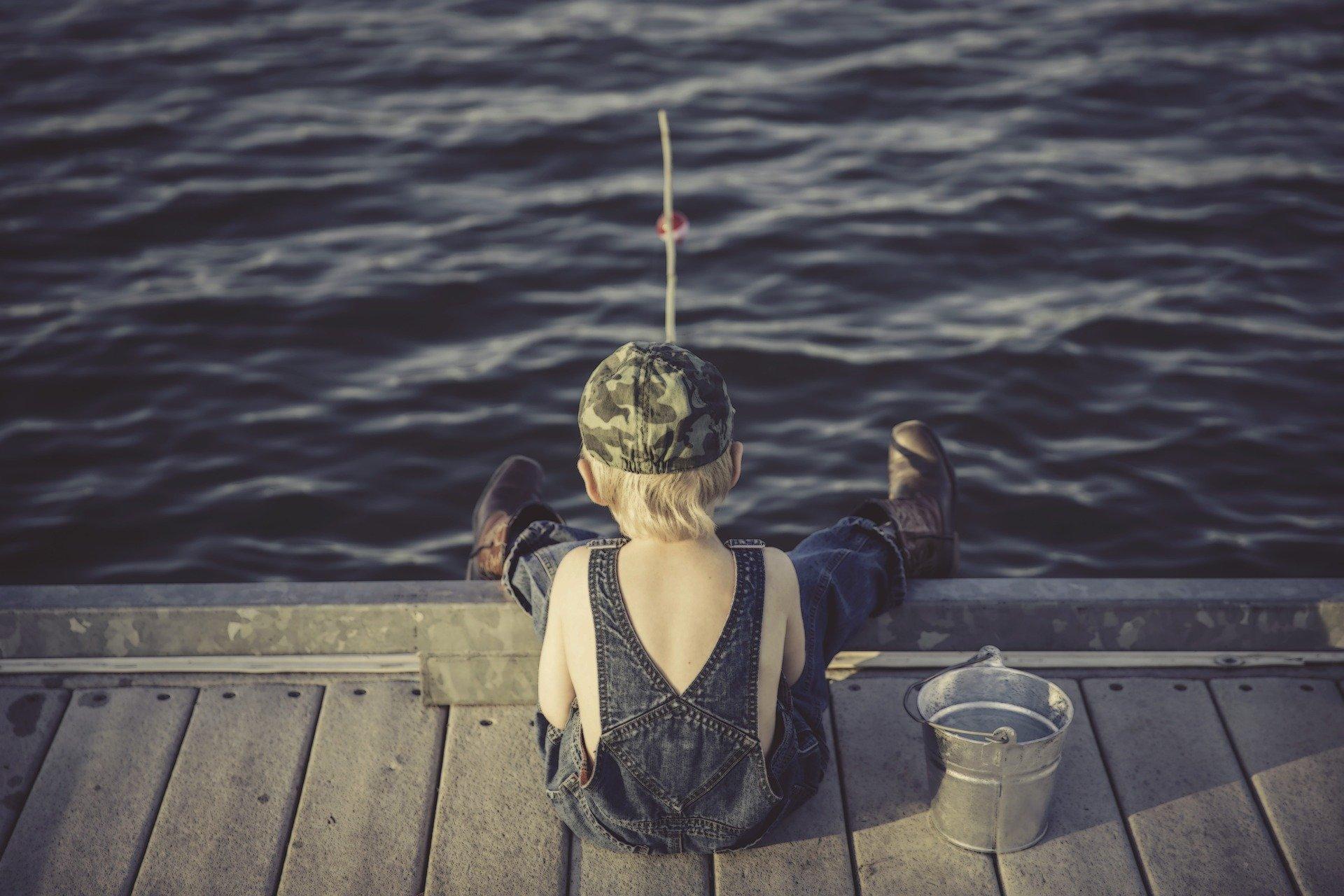 Zum Angeln benötigen Urlauber eine Angelkarte und den (Touristen-)Fischereischein.